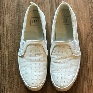 GAP Size 9 Slip On Perforated Sneakers